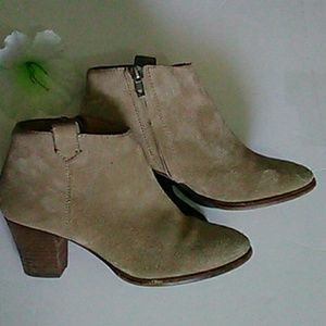 Madewell Suede Ankle Bootie